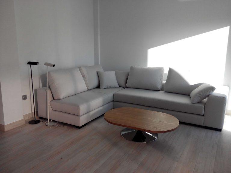 sofa-blanco-768x576